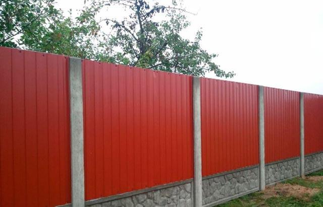 Профлисты и бетонный забор купить